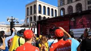 [Giro 2021] Premiazione e festeggiamenti Bahrain per Damiano Caruso  Damiano C…