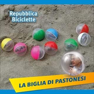 """Potrebbe essere un'immagine raffigurante 1 persona e il seguente testo """"Repubblica Biciclette LA BIGLIA DI PASTONESI"""""""